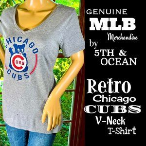 🆕MLB▪️Retro Gray CHICAGO CUBS V-Neck T-Shirt